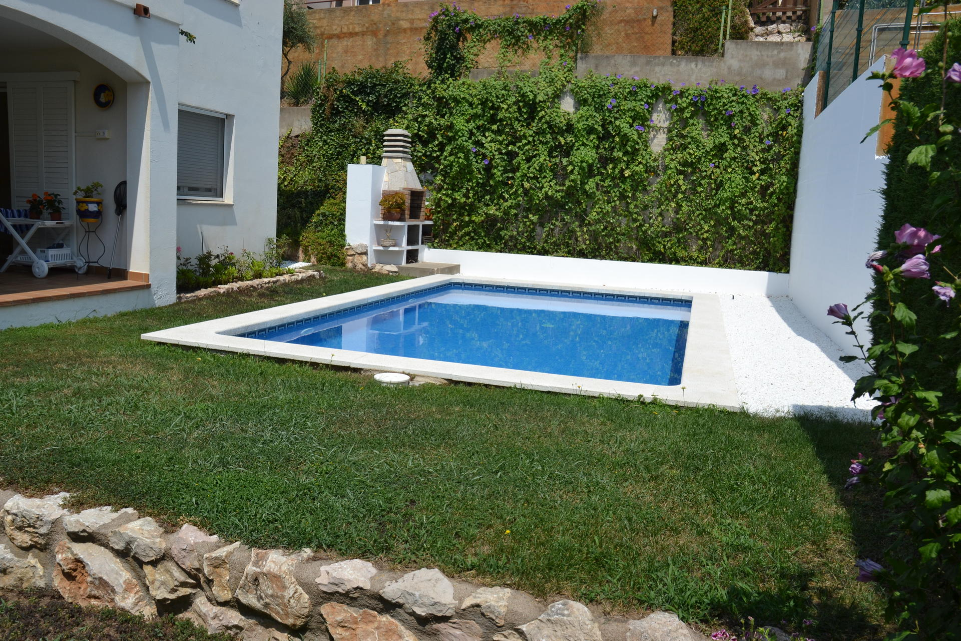 House -                               Llança -                               4 bedrooms -                               10 persons