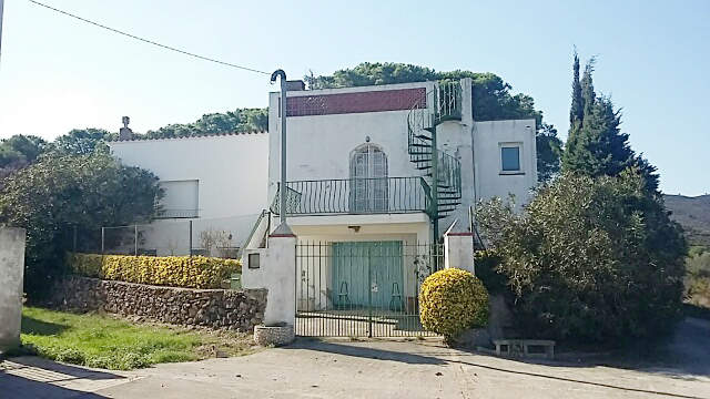 House -                                       Llança -                                       4 bedrooms -                                       8/10 persons