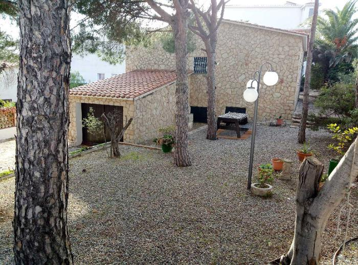 House -                               Llança -                               3 bedrooms -                               6/8 persons